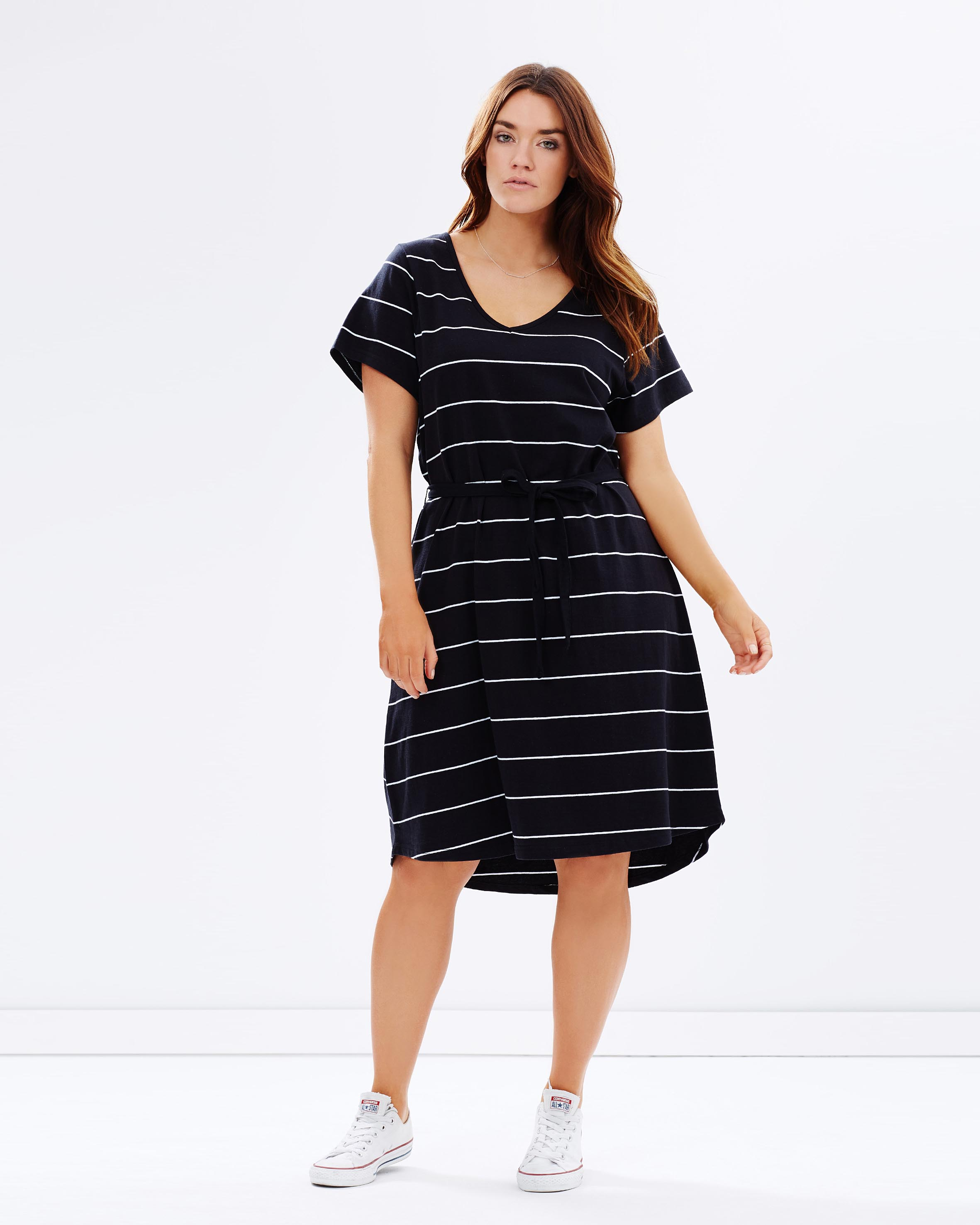 Our collections include plus size formal dresses, plus size cocktail dresses, plus size maxi dresses, wrap dresses, bridal gowns, tops, and many more. Kiyonna's goal is to provide beautiful and classy styles that will look great on all curvy women.